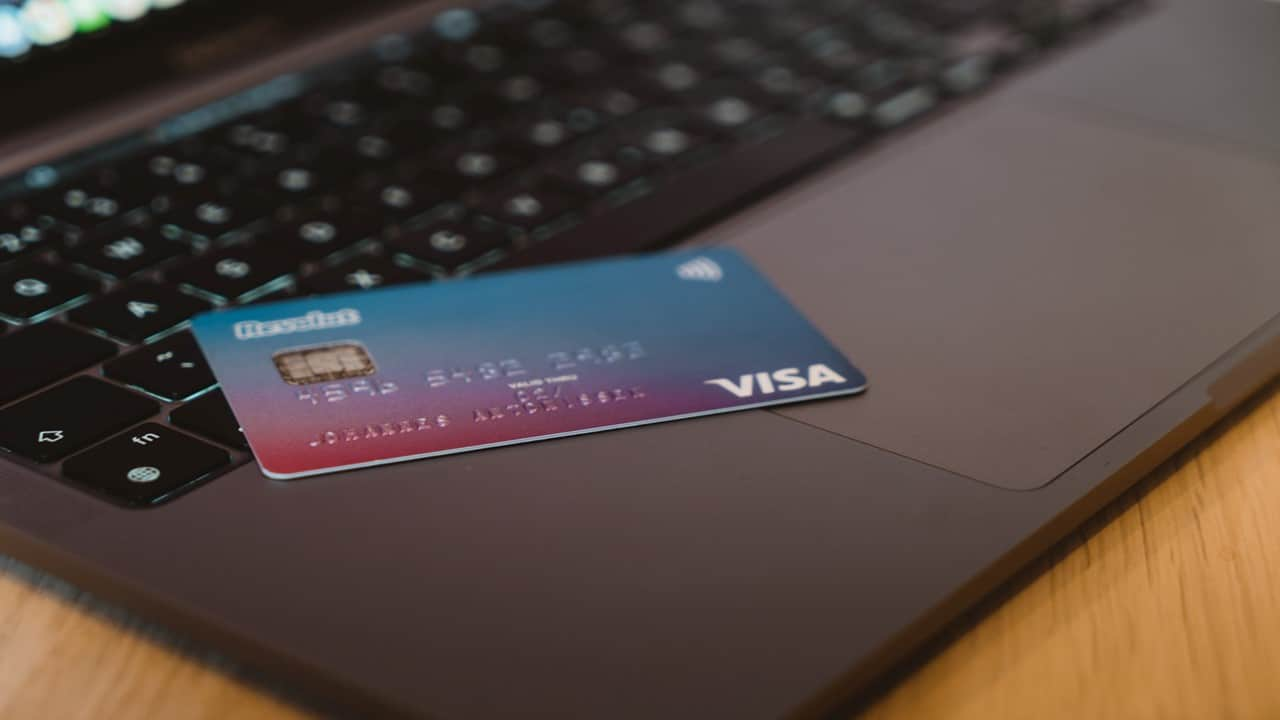what happens to credit card debt when you die